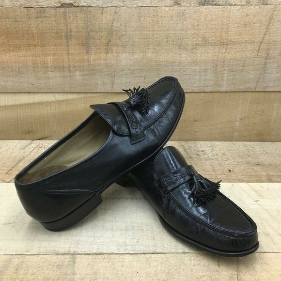 Bostonian Mens Loafers Black Leather Tassel Almond